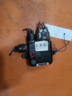 Блок управления вентилятором на Nissan Fuga PY50 VQ25DE