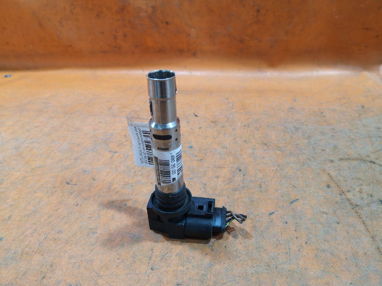 Катушка зажигания 036905715F на Volkswagen Polo 9N BUD Фото 1