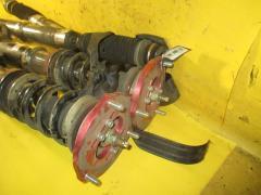 Стойка амортизатора на Toyota Noah AZR60G 1AZ-FSE, Переднее расположение