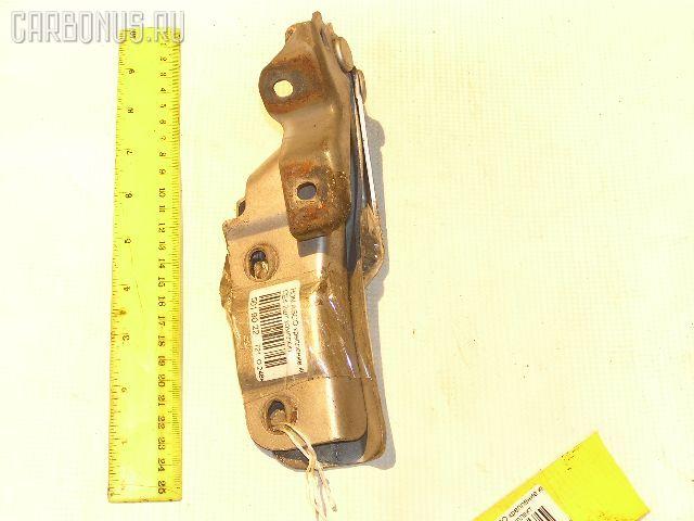 Крепление капота на Honda Ascot CE4 Фото 1