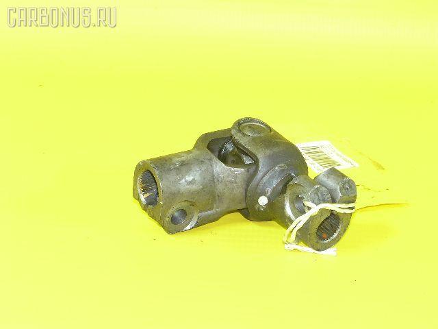 Рулевой карданчик TOYOTA AE111. Фото 1