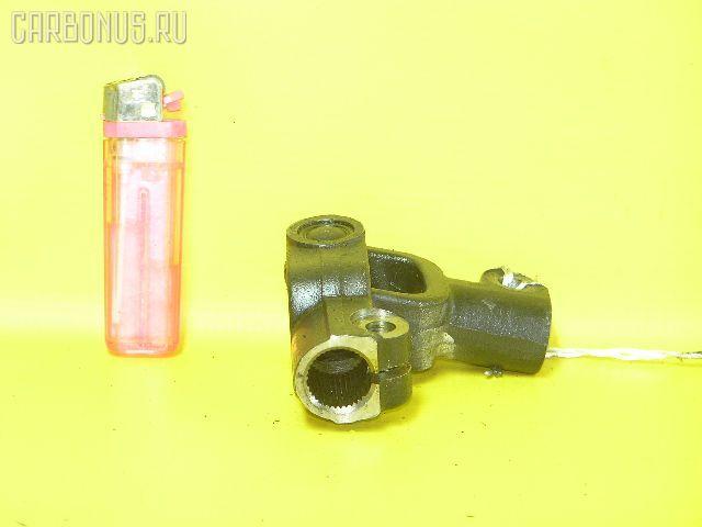 Рулевой карданчик TOYOTA AE95 Фото 1
