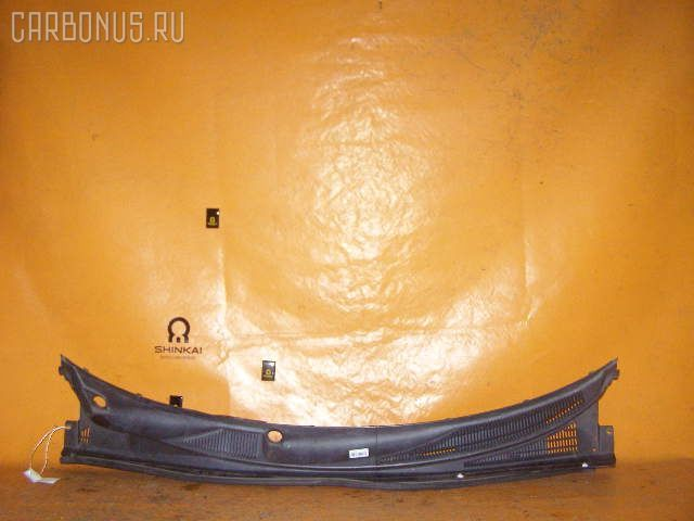 Решетка под лобовое стекло TOYOTA FUNCARGO NCP20. Фото 8