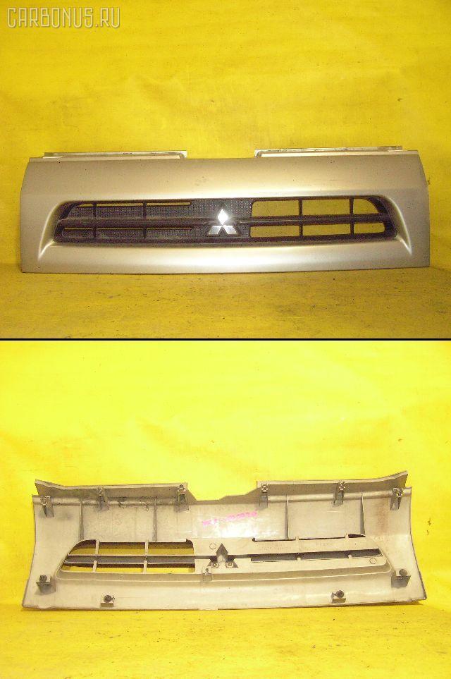 Решетка радиатора MITSUBISHI MINICA H42A Фото 1