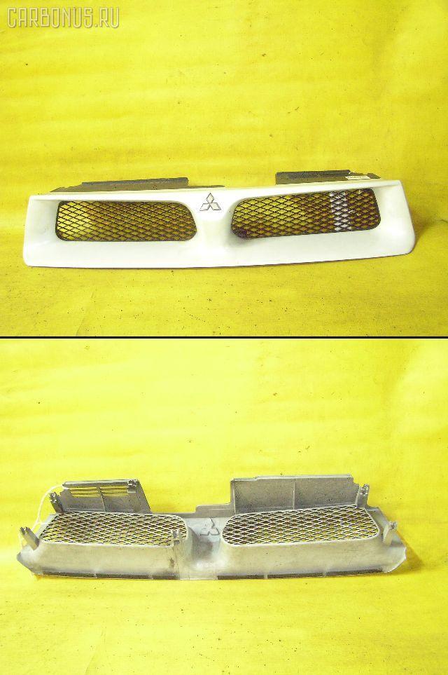 Решетка радиатора MITSUBISHI GALANT EA1A. Фото 11