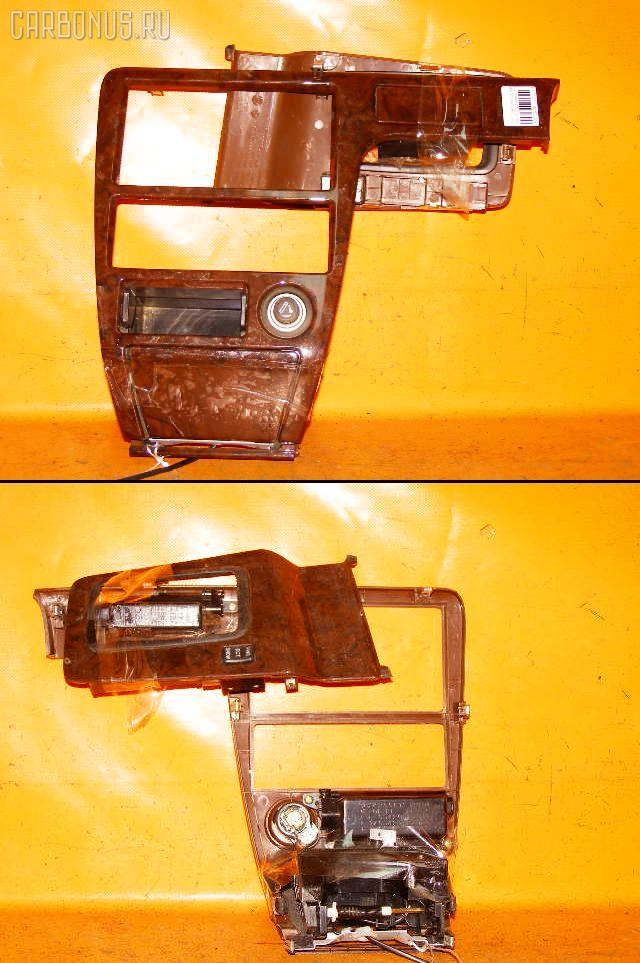 Консоль магнитофона TOYOTA CHASER GX100. Фото 7