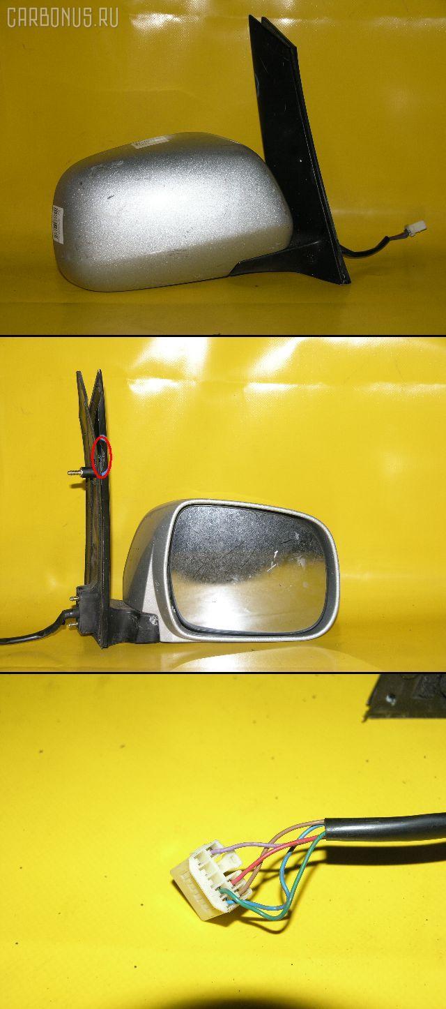 Зеркало двери боковой TOYOTA NOAH AZR60. Фото 3