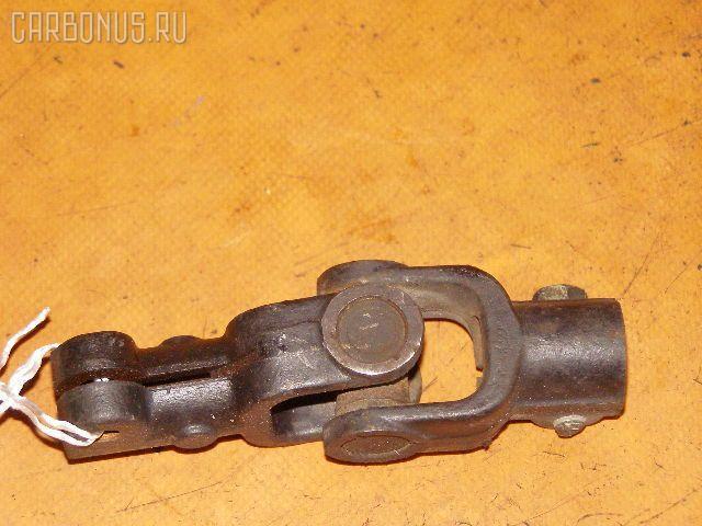 Рулевой карданчик TOYOTA CROWN JZS155. Фото 1