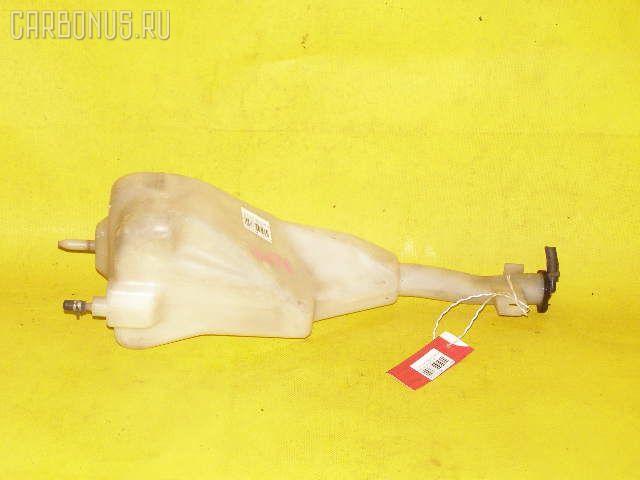 Бачок расширительный TOYOTA HIACE REGIUS RCH41W 3RZ-FE Фото 1