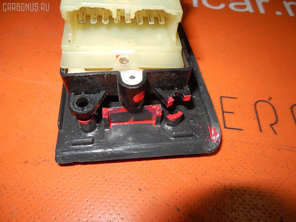 Блок упр-я стеклоподъемниками TOYOTA SPRINTER AE100 Фото 6
