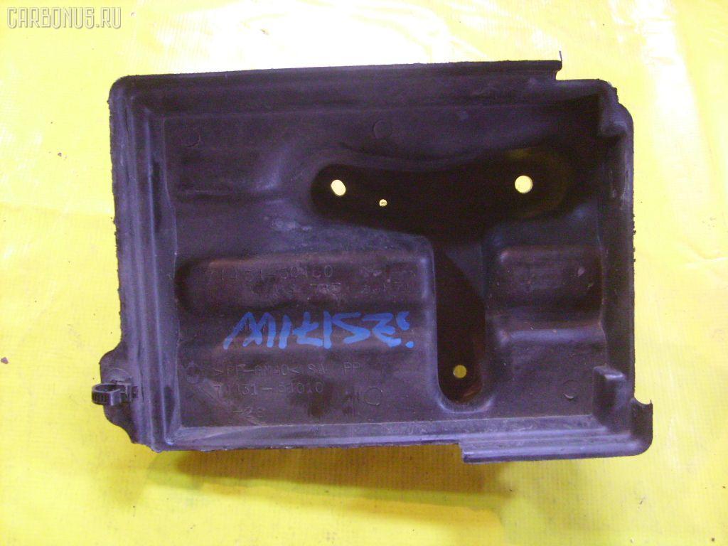 Подставка под аккумулятор TOYOTA CROWN ESTATE JZS171W Фото 1