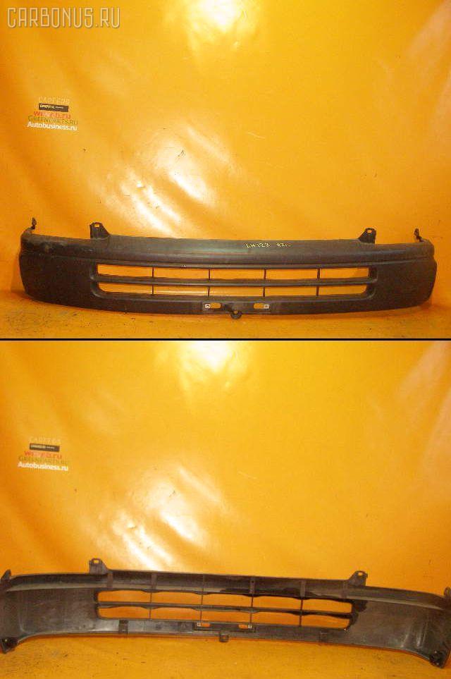 Бампер TOYOTA HIACE LH123V Фото 1