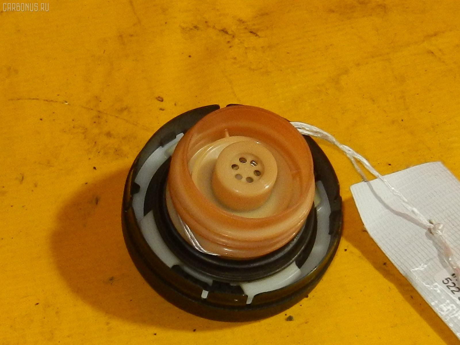 Крышка топливного бака TOYOTA RAUM NCZ20 Фото 1