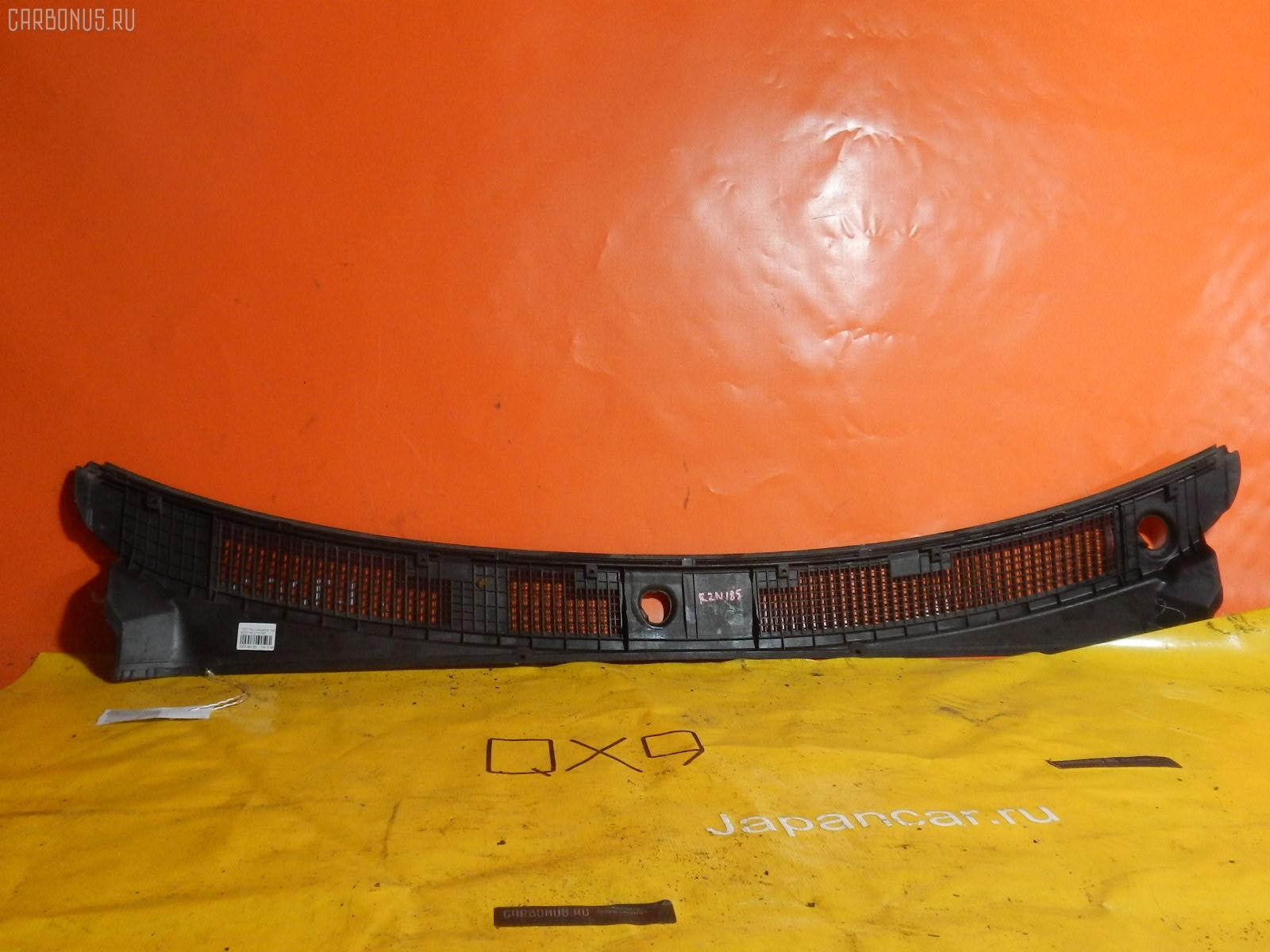 Решетка под лобовое стекло Toyota Hilux surf RZN185W Фото 1
