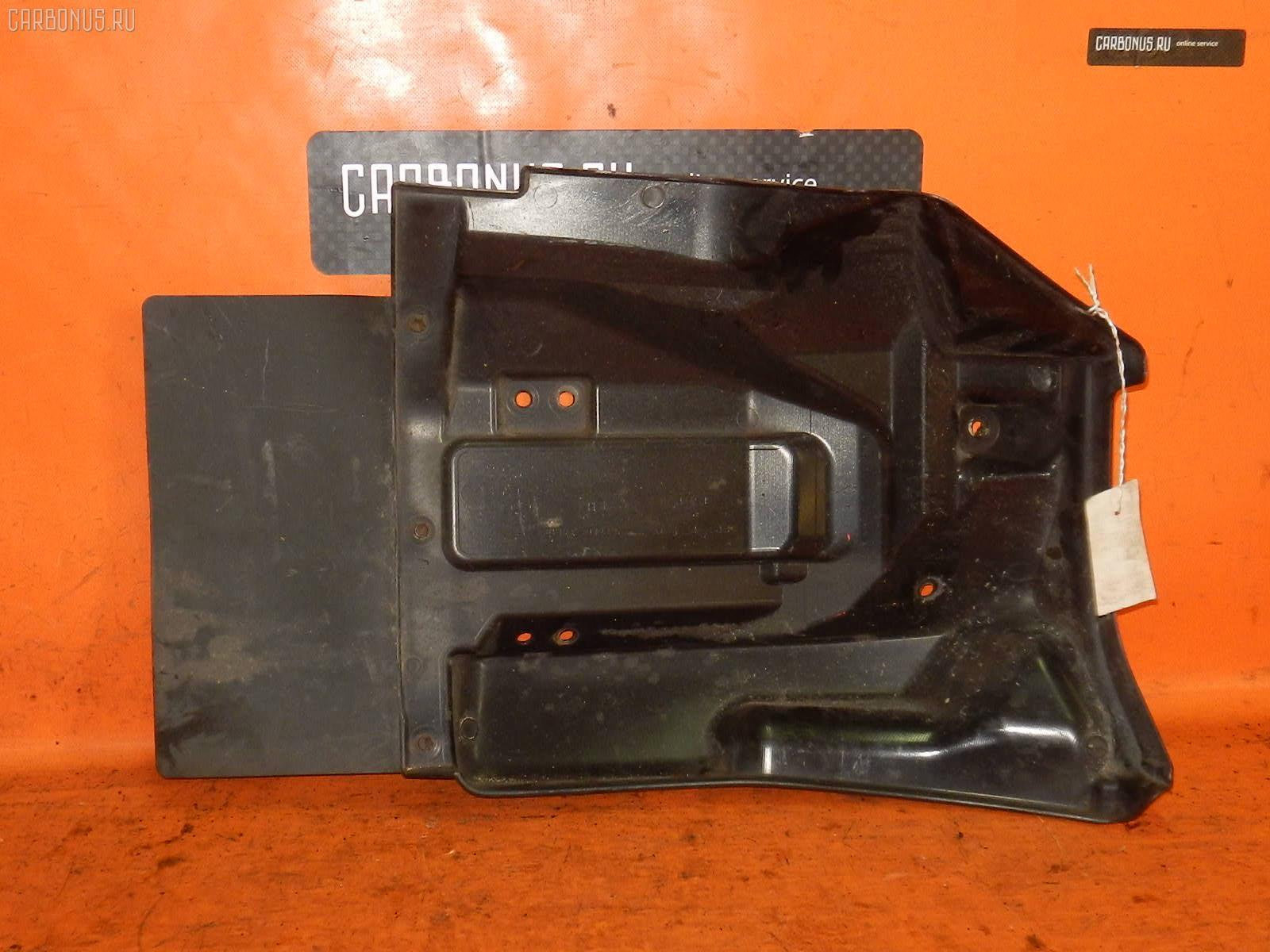 Брызговик Hino Dutro XZU306M Фото 1
