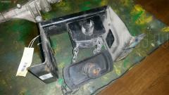 Крепление запасного колеса Hino Dutro XZU306M Фото 1