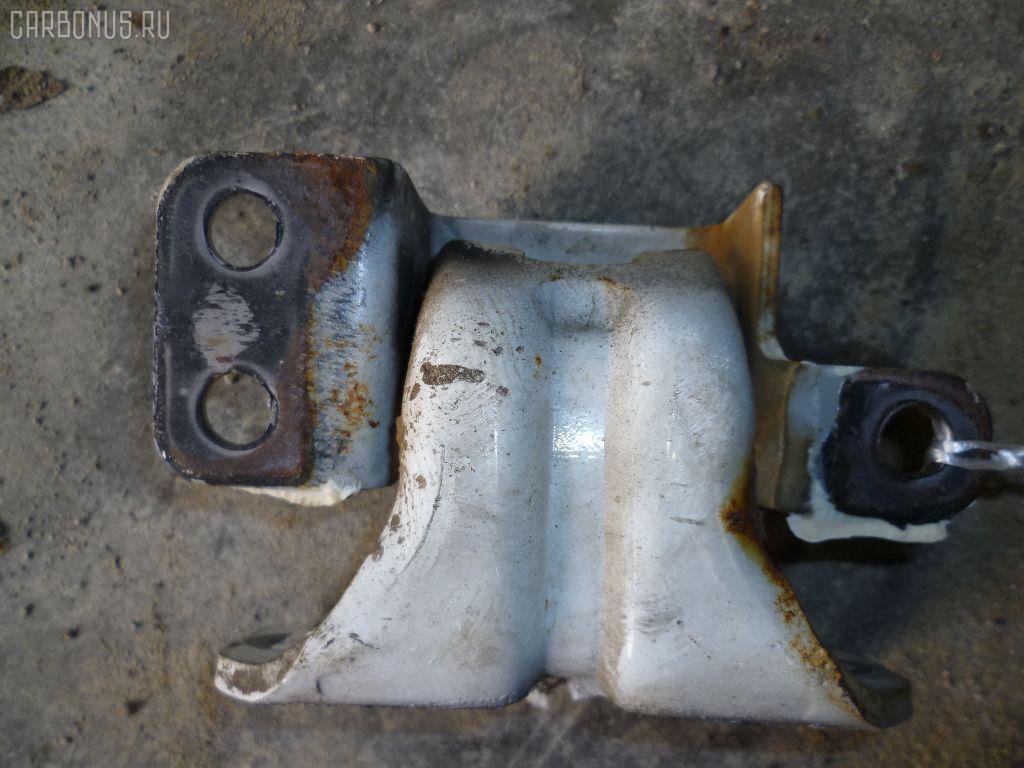 Петля двери шарнирная ISUZU ELF P6F23 Фото 3
