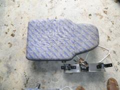 Сиденье легк ISUZU ELF P6F23 Фото 3