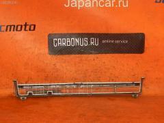 Решетка радиатора на Toyota Carina AT175
