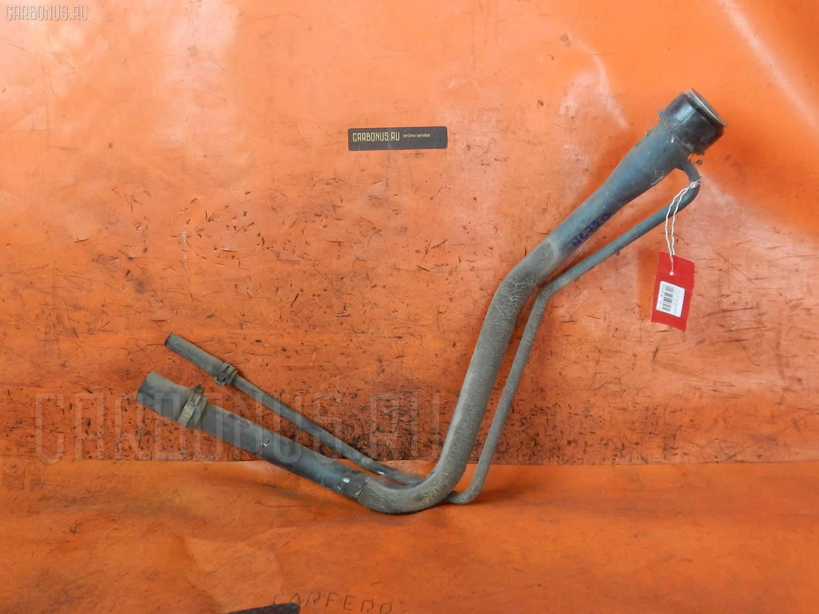 Заливная горловина топливного бака TOYOTA RAUM NCZ20 1NZ-FE Фото 1
