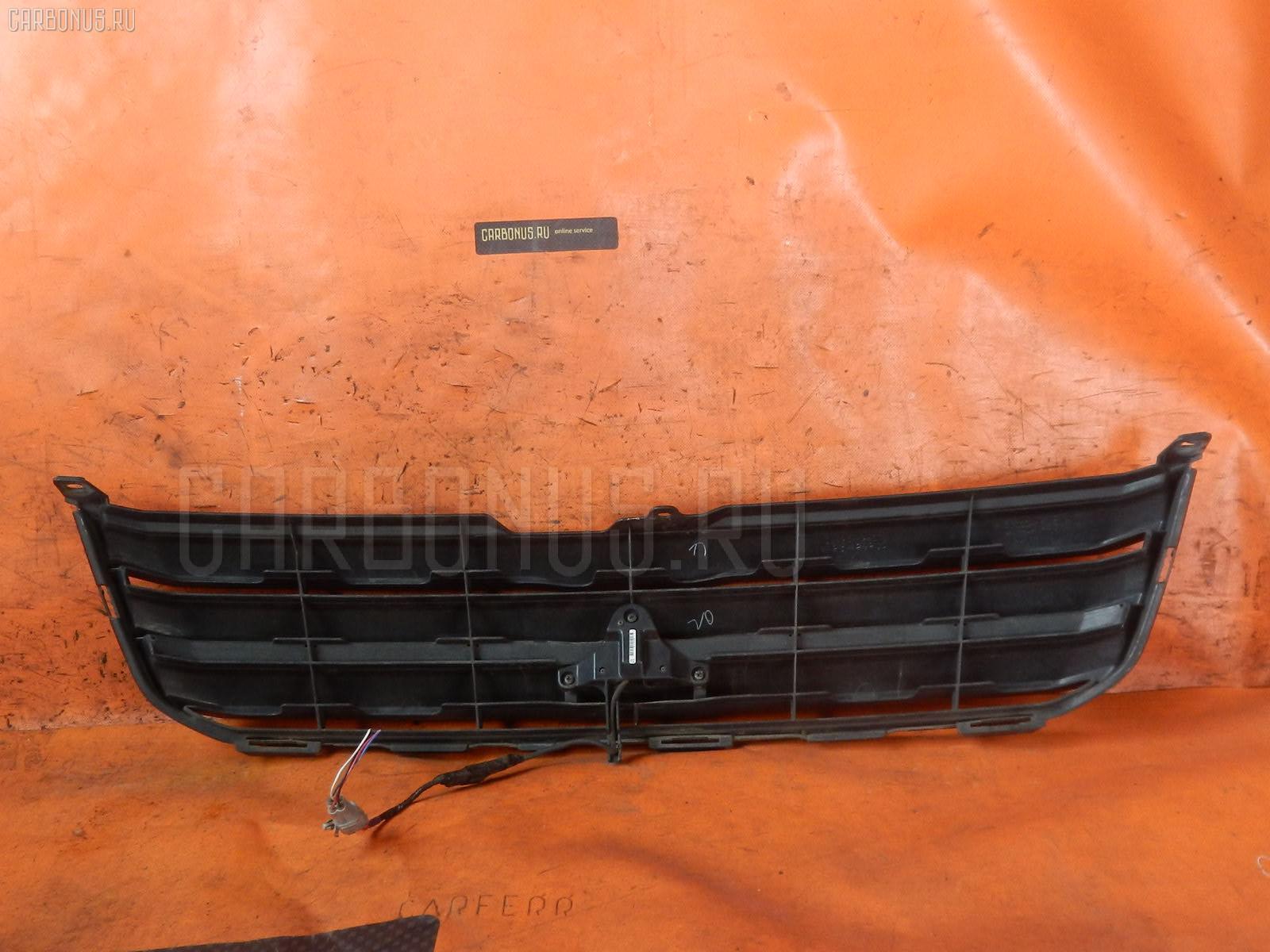 Решетка радиатора TOYOTA NOAH AZR60. Фото 5
