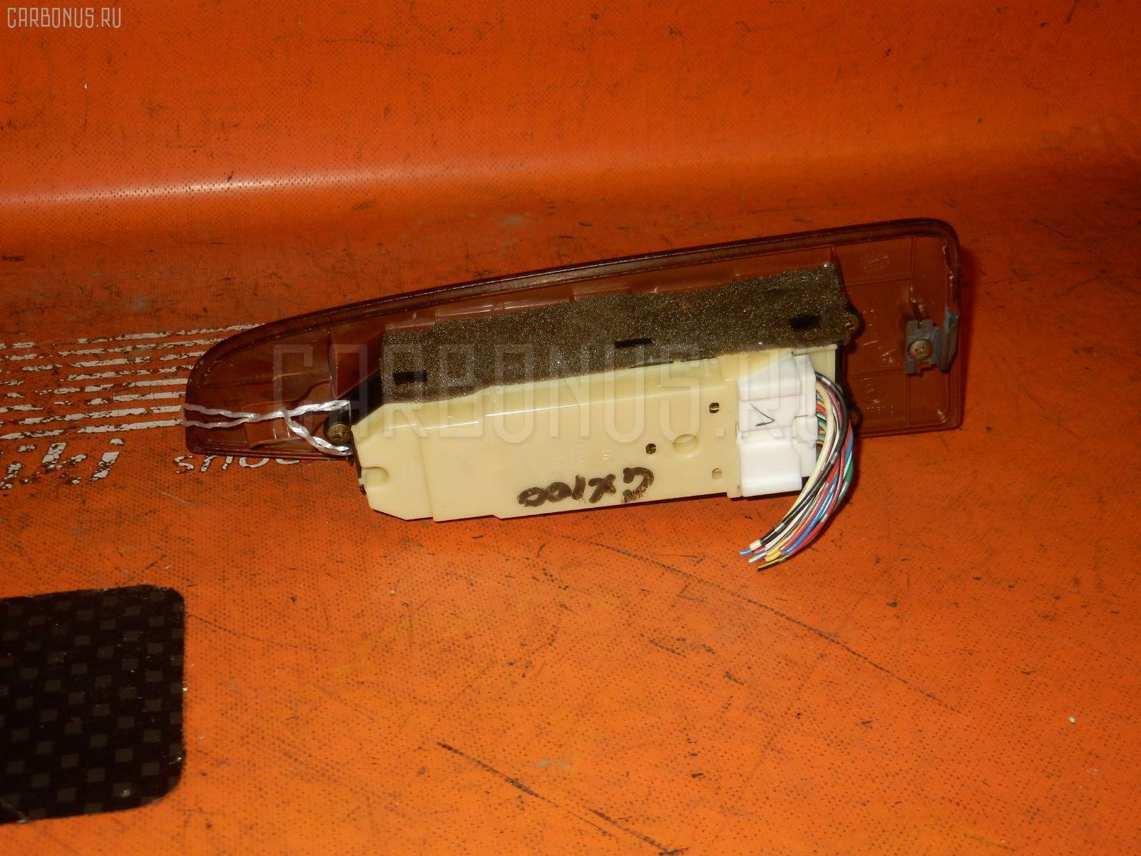 Блок упр-я стеклоподъемниками TOYOTA CHASER GX100. Фото 9