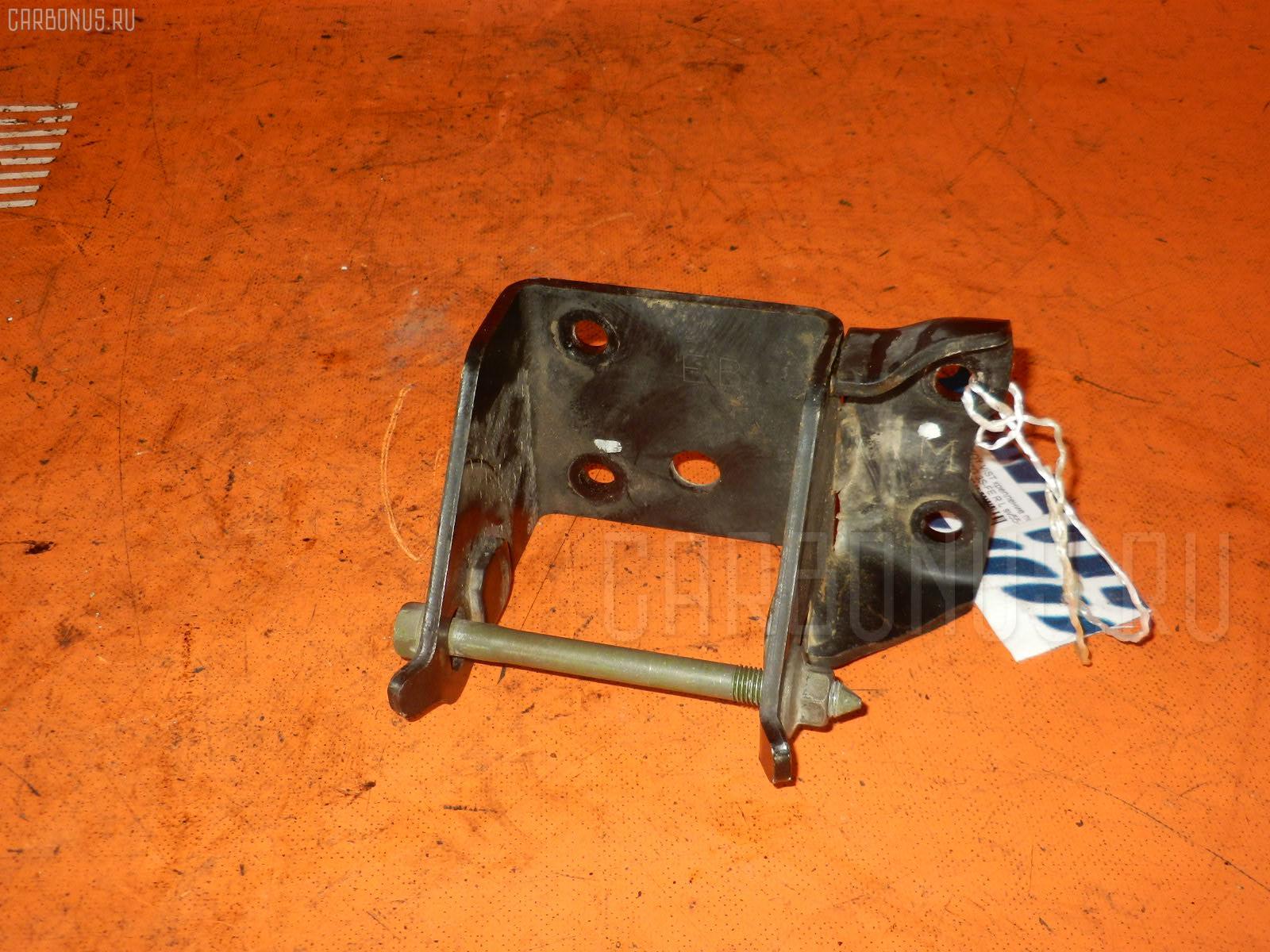 Крепление подушки ДВС TOYOTA VISTA ARDEO SV55G 3S-FE Фото 1