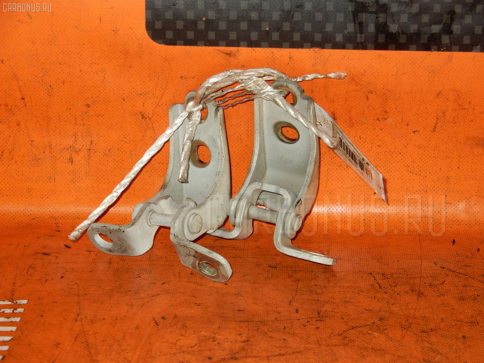 Крепление двери Honda Odyssey RA6 Фото 1