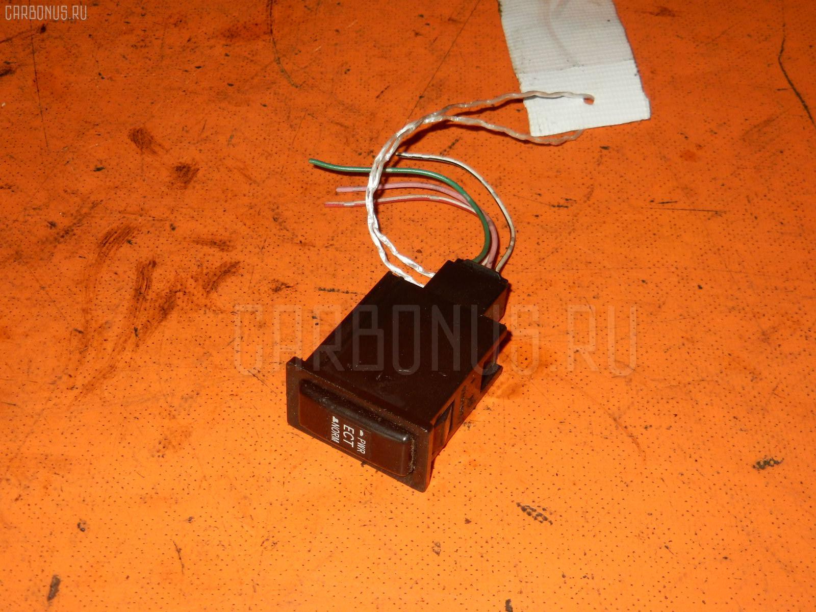 Кнопка TOYOTA GRAND HIACE VCH16W Фото 1