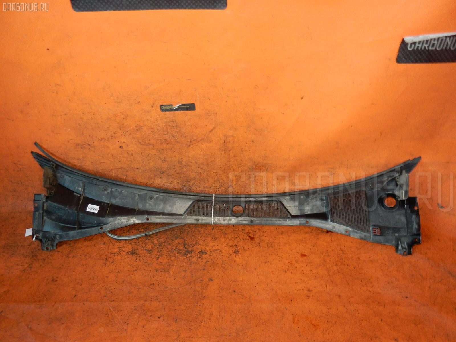 Решетка под лобовое стекло TOYOTA CALDINA ST210G Фото 1