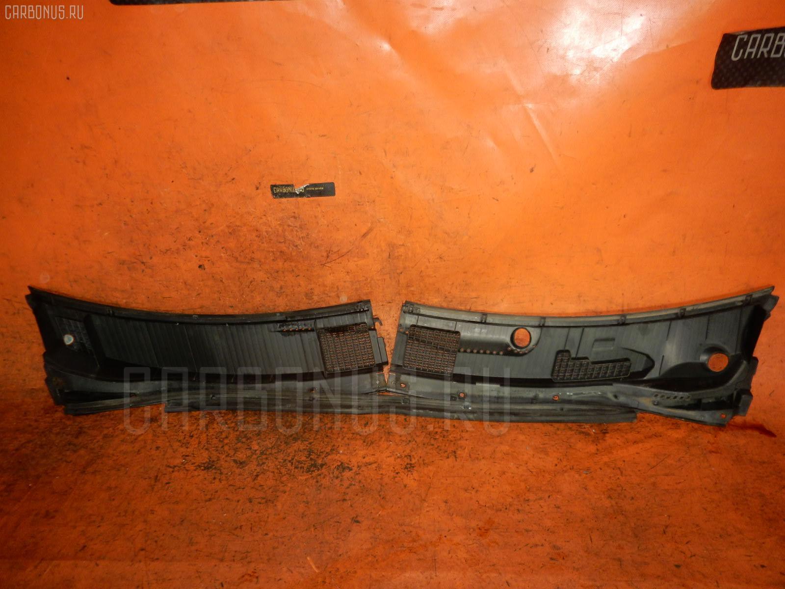 Решетка под лобовое стекло TOYOTA NADIA SXN10. Фото 5