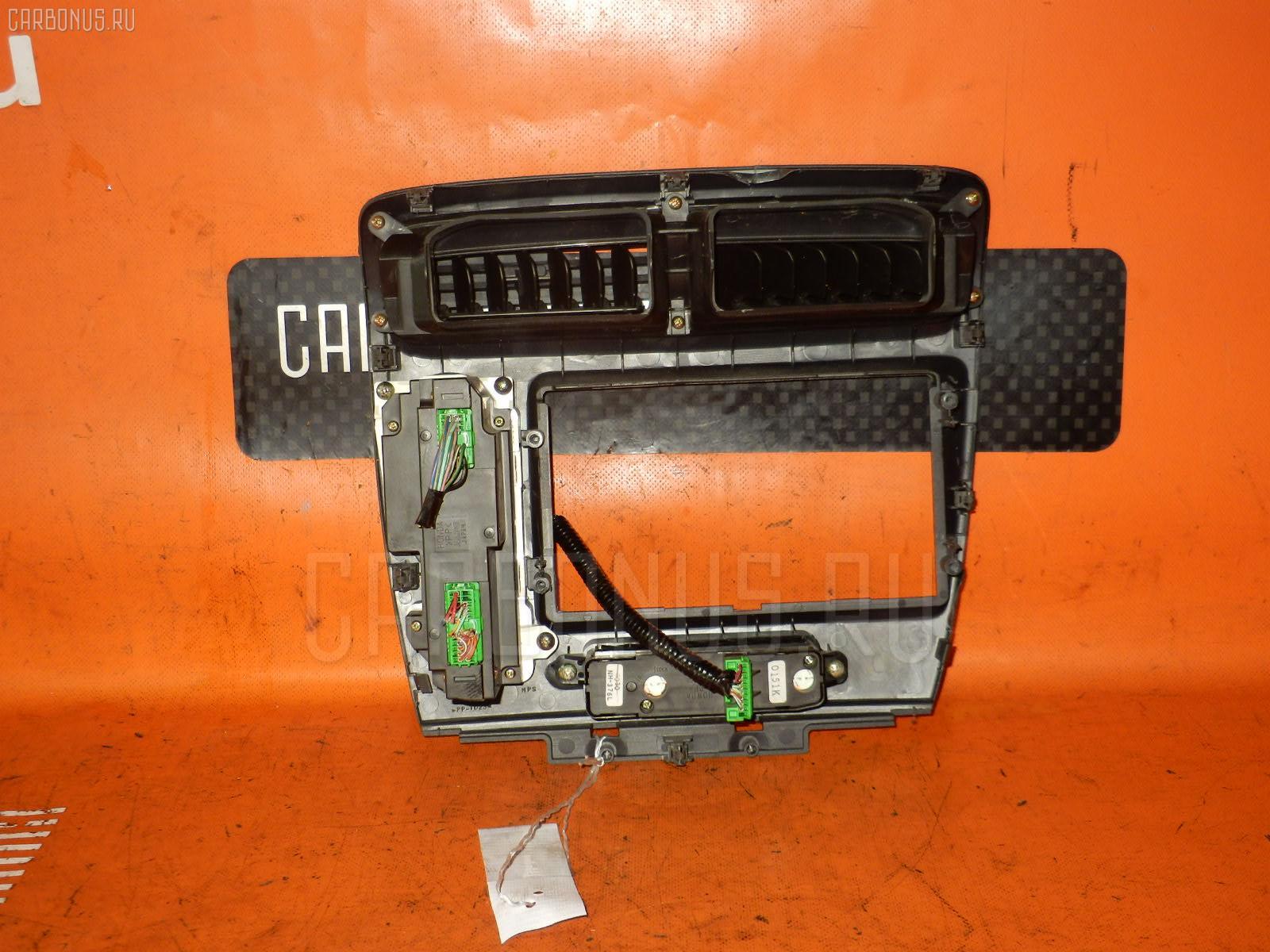 Блок управления климатконтроля HONDA CIVIC EU1 D15B. Фото 2