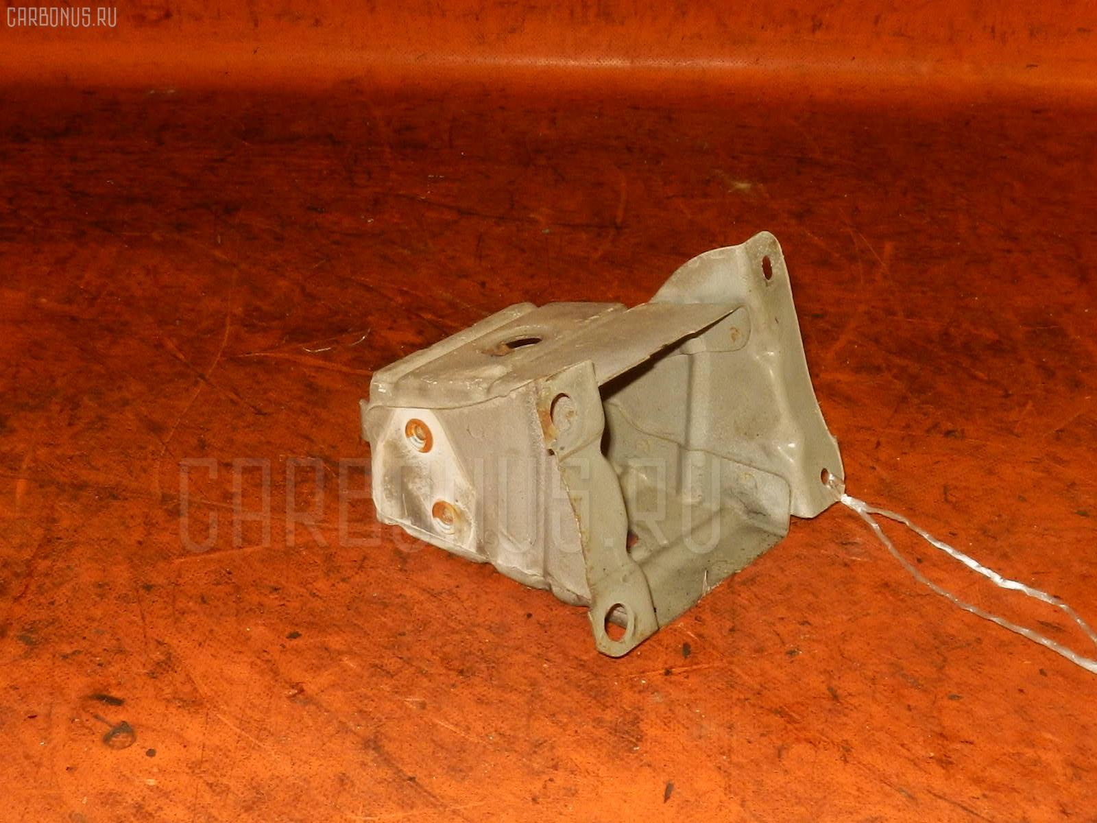 Крепление бампера TOYOTA CORONA ST191 Фото 1