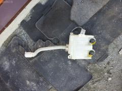 Бачок омывателя TOYOTA ISIS ANM10W Фото 1