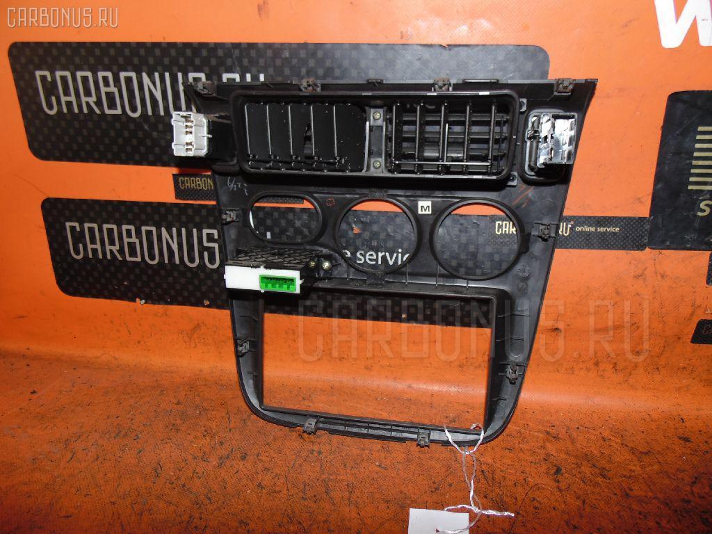 Консоль магнитофона HONDA HR-V GH3 Фото 2