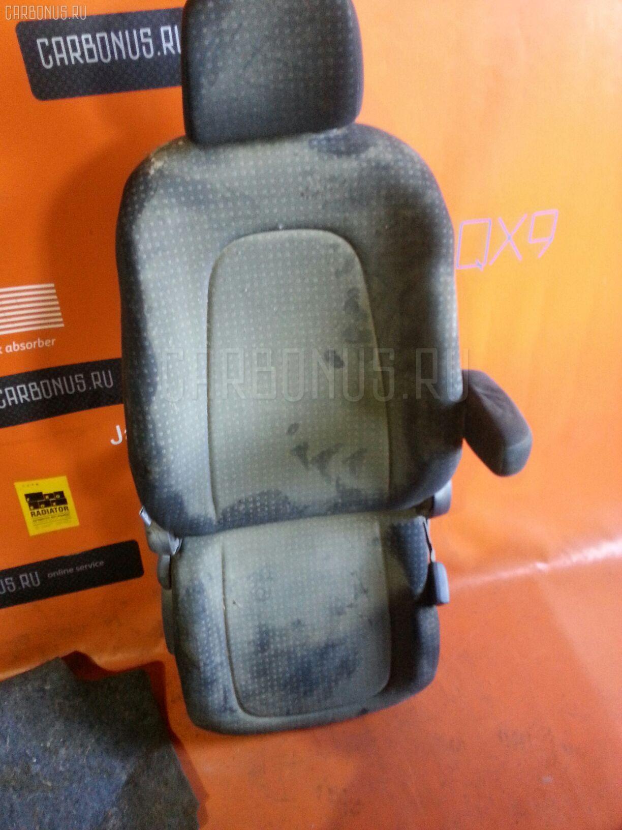 Сиденье легк TOYOTA RACTIS NCP105 Фото 5