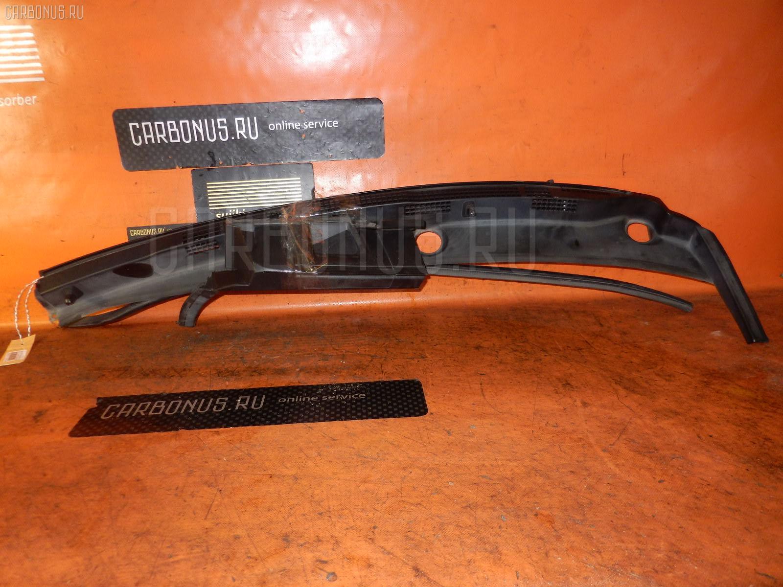 Решетка под лобовое стекло HONDA STREAM RN7 Фото 1