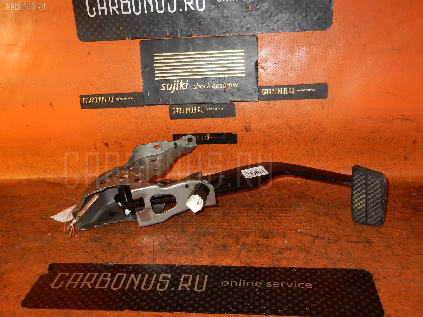 Педаль тормоза HONDA STREAM RN5 K20B Фото 1