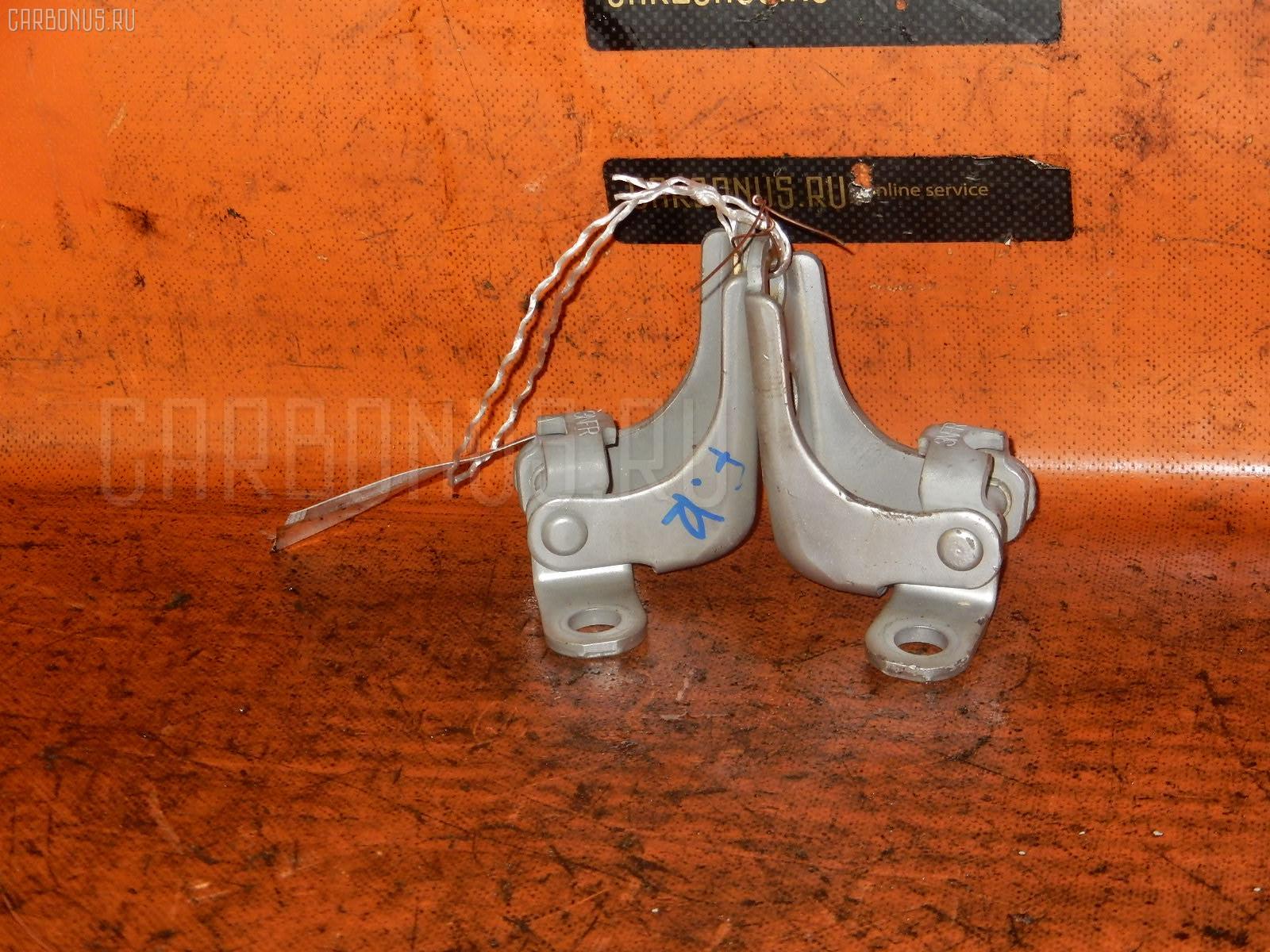 Петля двери шарнирная HONDA CIVIC EU1 Фото 1