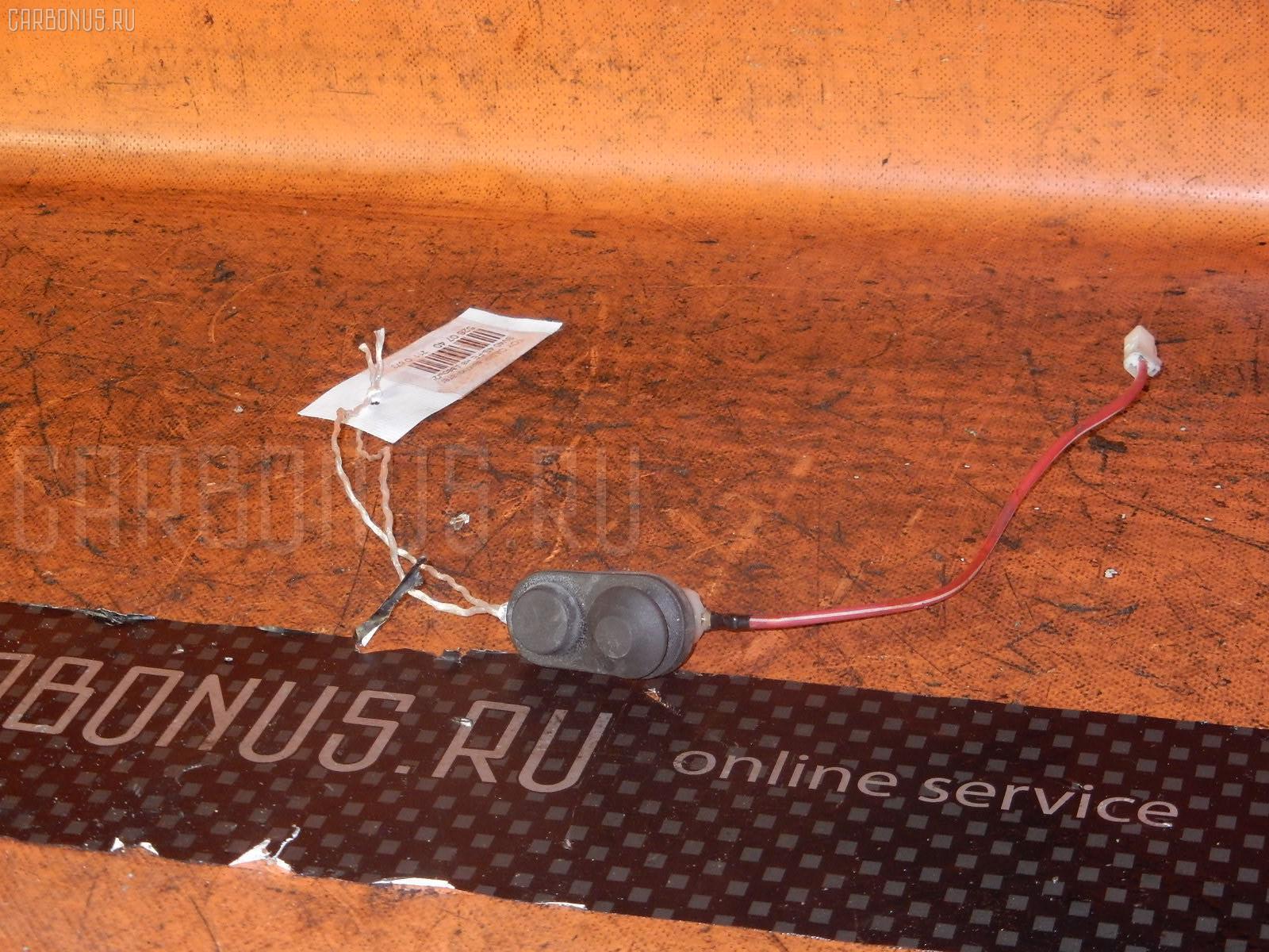 Выключатель концевой Toyota Camry SV40 4S-FE Фото 1