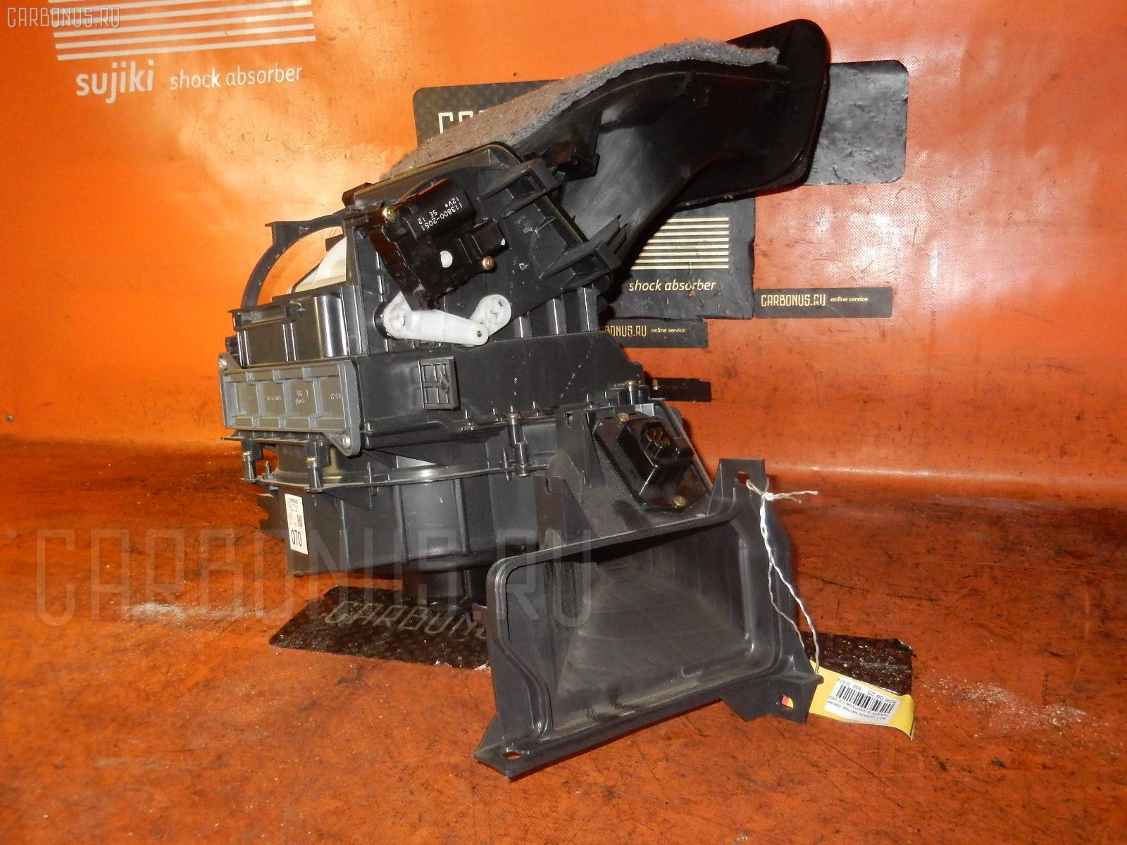 Мотор печки MITSUBISHI GRANDIS NA4W. Фото 4