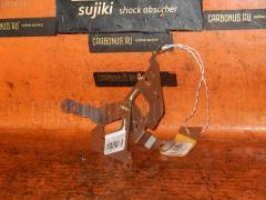 Крепление магнитофона MITSUBISHI GRANDIS NA4W Фото 1