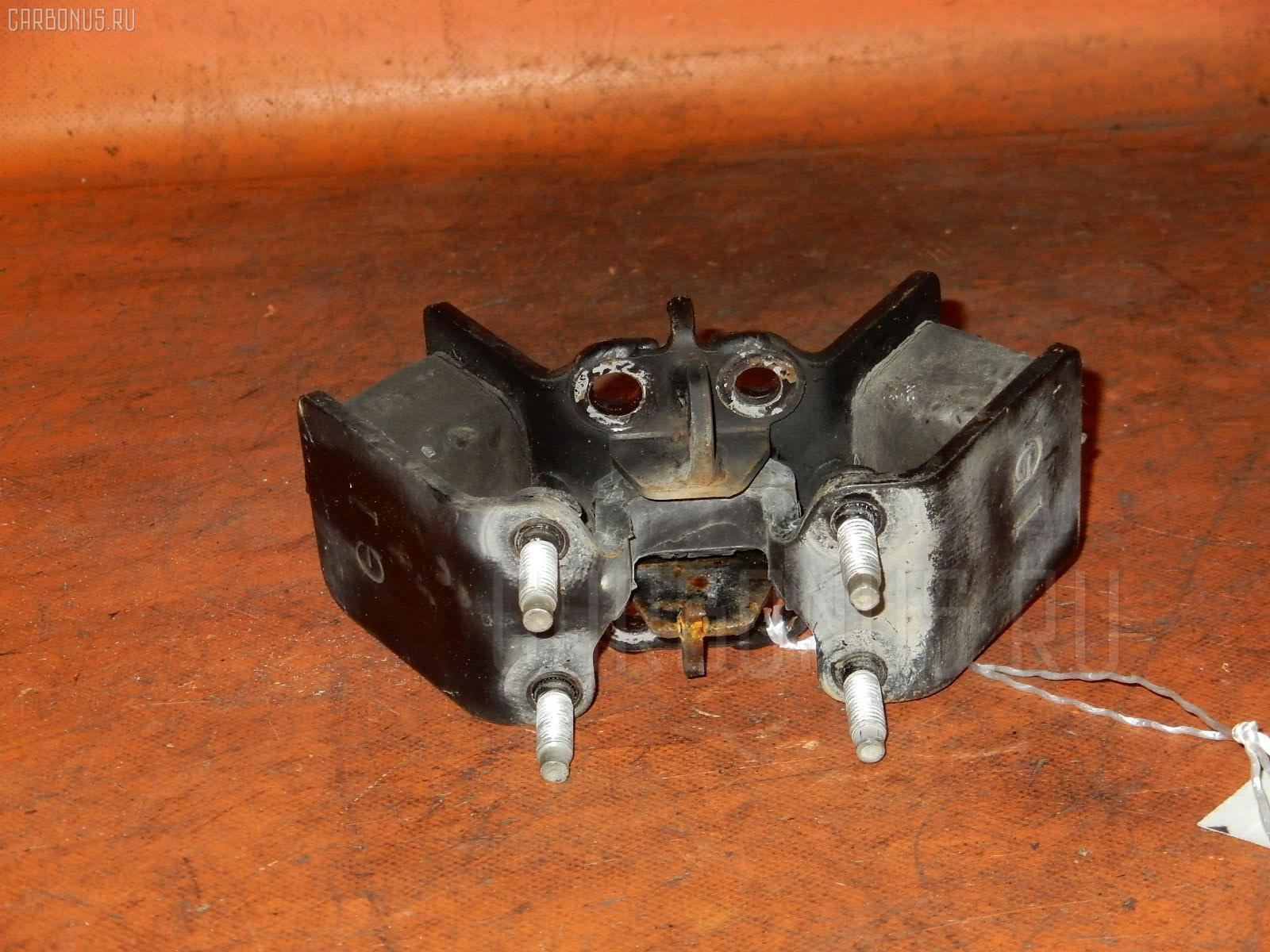 Подушка КПП TOYOTA CHASER GX100 1G-FE. Фото 11