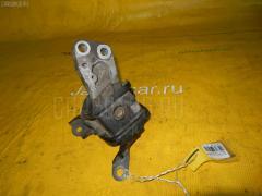 Подушка двигателя TOYOTA COROLLA NZE121 1NZ-FE Фото 1