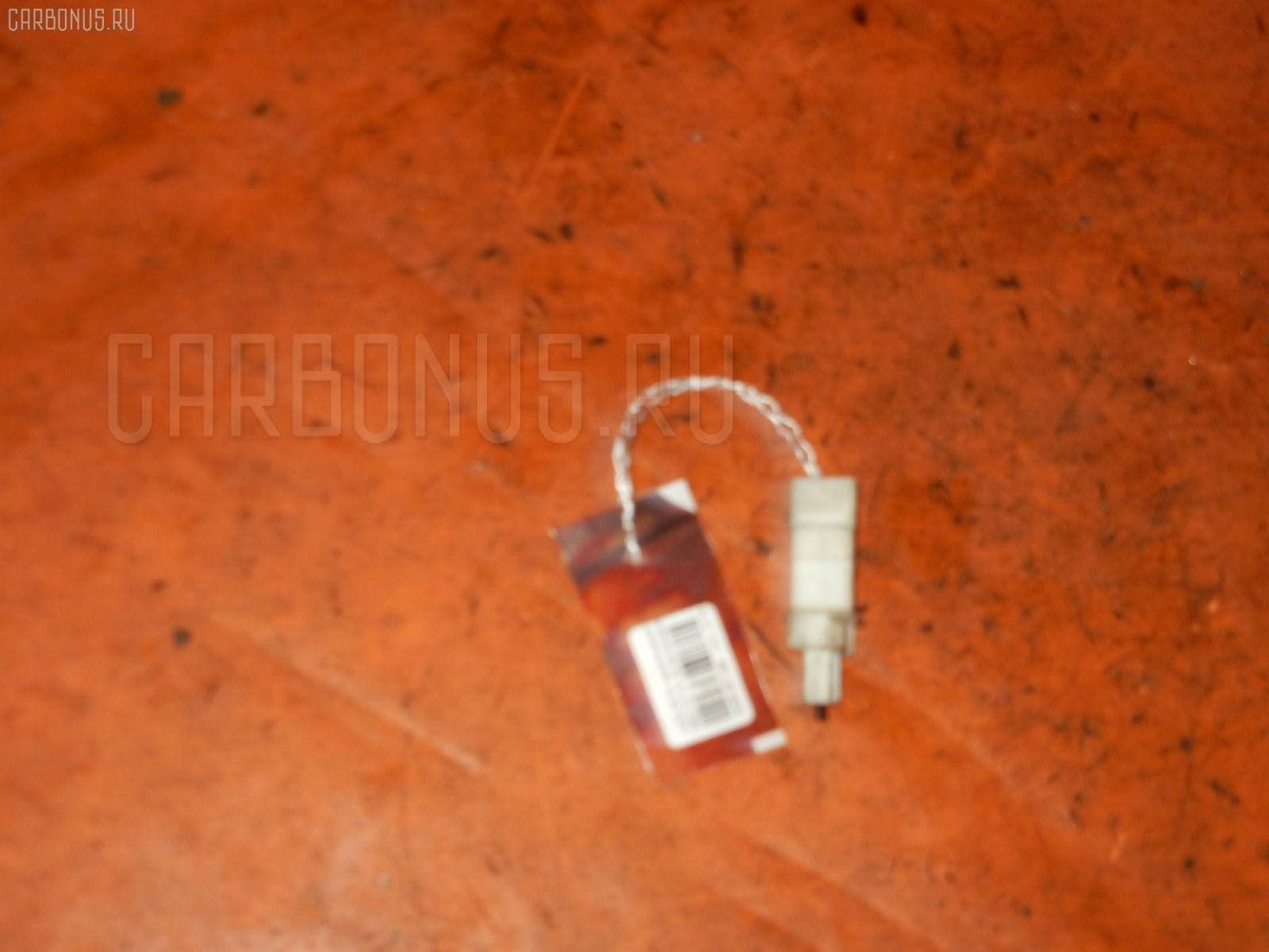 Выключатель концевой HONDA EDIX BE1 D17A Фото 1