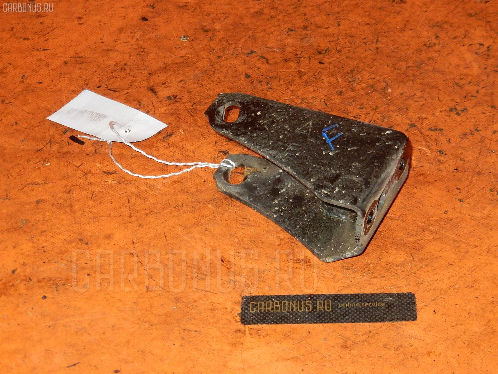 Крепление подушки ДВС TOYOTA CALDINA ET196V 5E-FE Фото 1