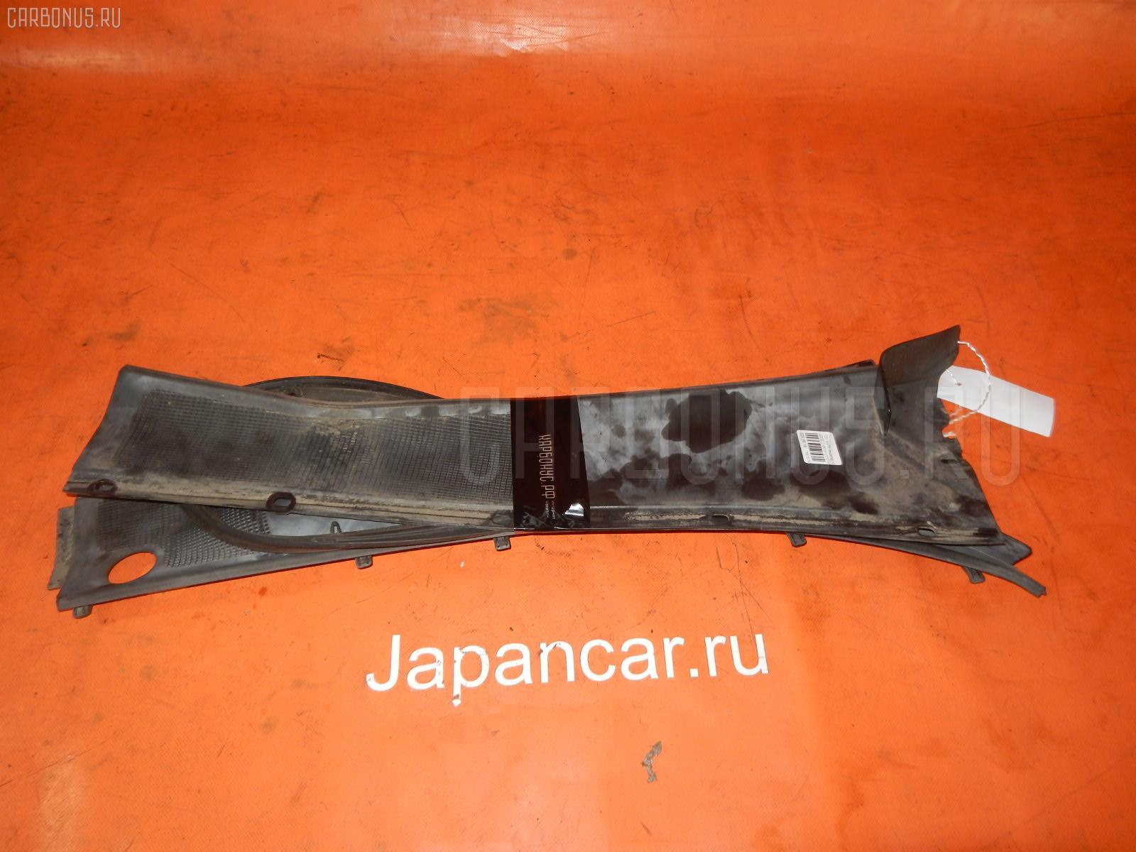 Решетка под лобовое стекло TOYOTA MARK II JZX90 Фото 1