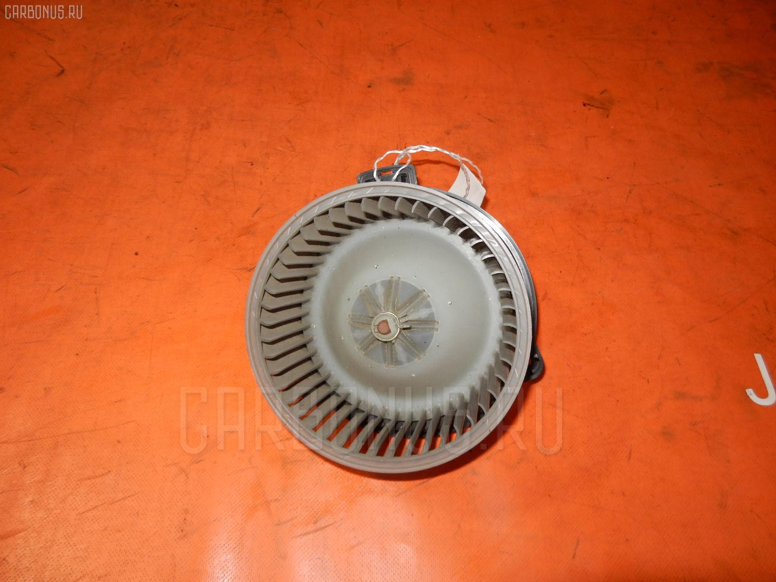 Мотор печки TOYOTA MARK II JZX90. Фото 3
