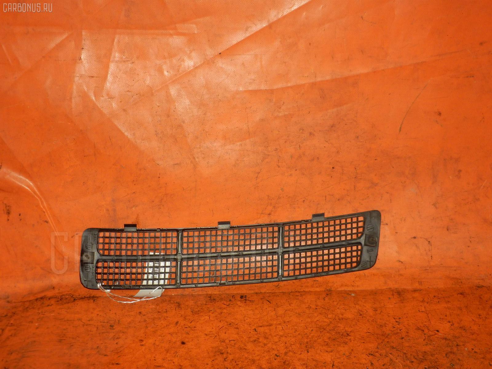 Решетка под лобовое стекло Mitsubishi Pajero io H76W Фото 1