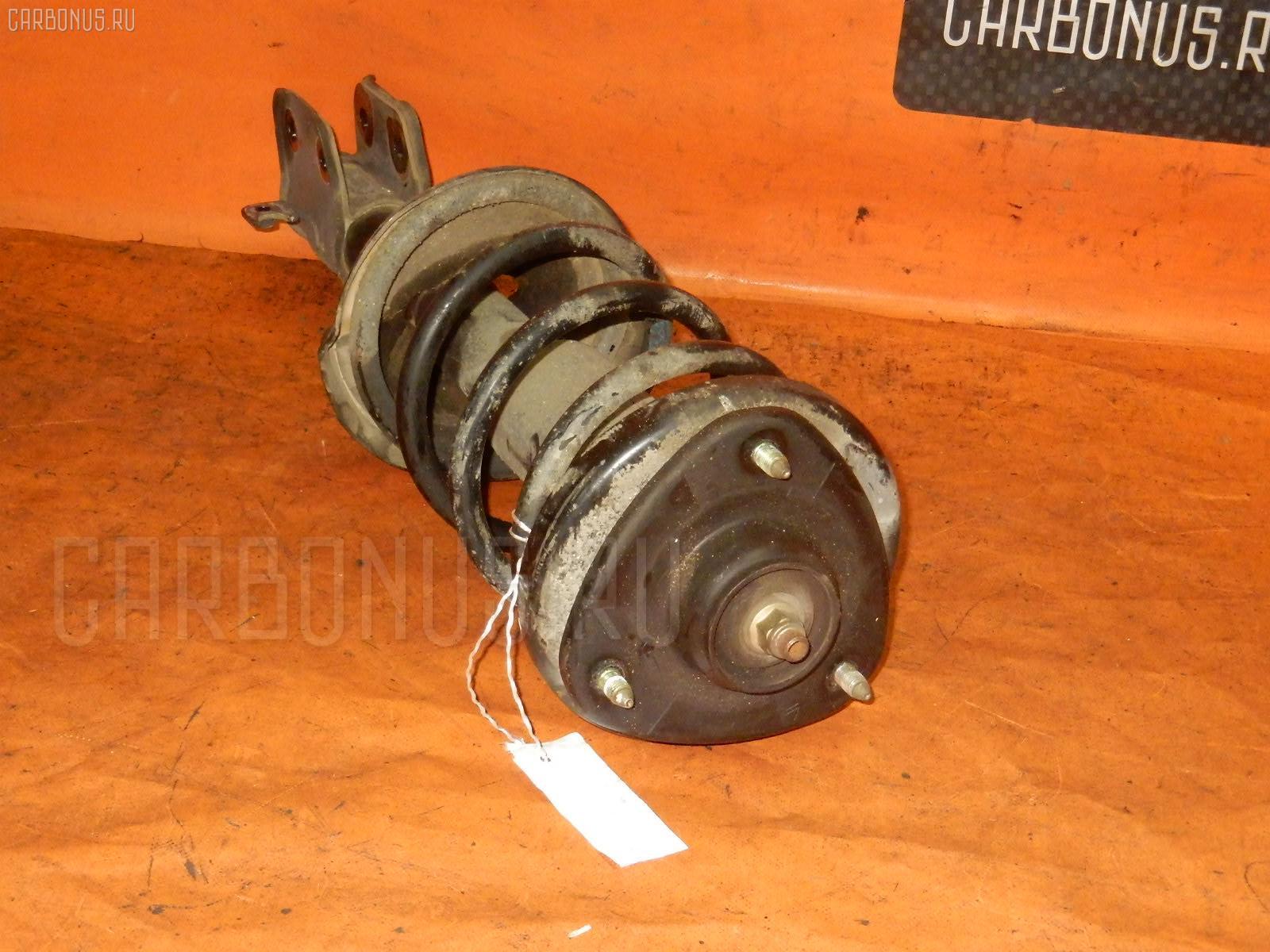 Стойка амортизатора HONDA STEPWGN RF5 K20A. Фото 2